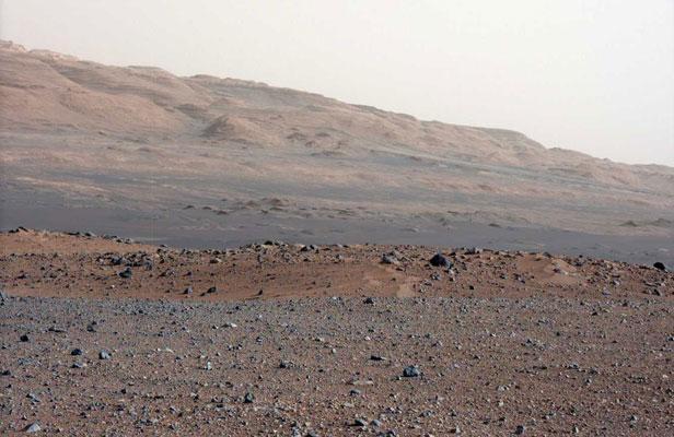 Une photo de Mars prise par le robot curiosity, le 23 août 2012 N.A.S.A./SIPA