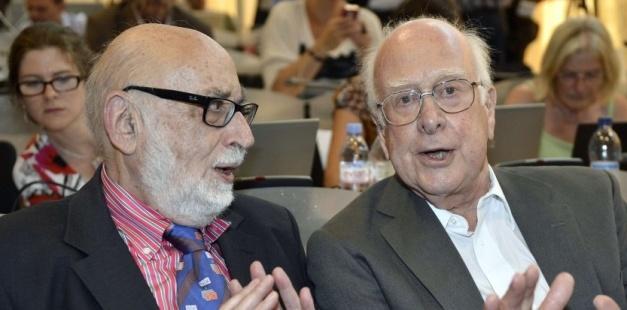 De gauche à droite, François Englert et Peter Higgs, lauréats du Nobel de physique 2013. Martial Trezzini/AP/SIPA