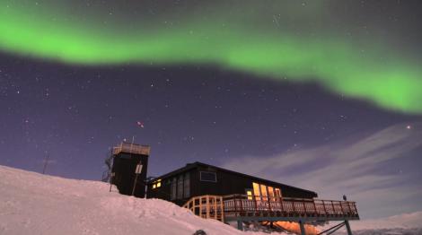 phénomène unique dans le Parc national d'Abisko au nord de la Suède pour un superbe timelapse crédit: paysageek.wordpress.com/