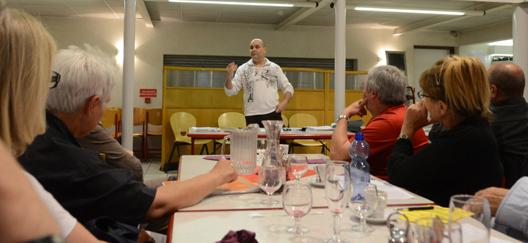 crédit photo: ovni à table 06/06/2014 à Bourg en Bresse