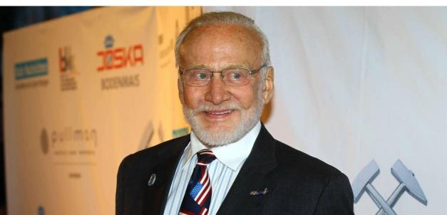 L'ancien astronaute Buzz Aldrin en 2014. © Willi Schneider/REX/REX/SIPA Mandatory Credit: Photo by Willi Schneider/REX (4161787u) Buzz Aldrin Steiger Awards, Hattingen, Germany - 03 Oct 2014 /Rex_Steiger_Awards_Hattingen_Germany_4161787U//1410041159